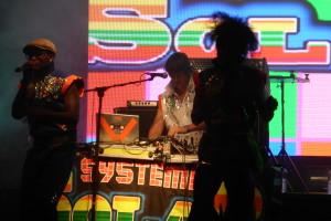 Systema Solar - Teatro Metropol6-2013- www.beaveronthebeats.com
