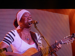 India Arie live @ Byron Bay Bluesfest 2014