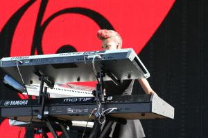 w/ Musiq Soulchild live @ Soulfest 2014 - Brisbane