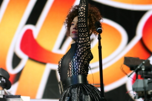 Kendra Foster with D'Angelo & The Vanguard live at Soulfest Melbourne 2014