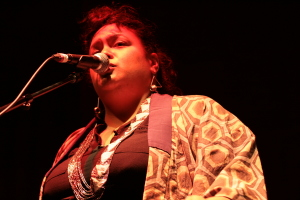 Rachel Fraser with Myele Manzanza & The Eclectic live at WOMADelaide 2015