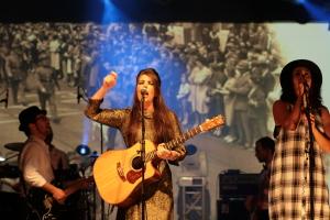 Fly My Pretties live concert - Byron Bay Bluesfest 2015 - Australia