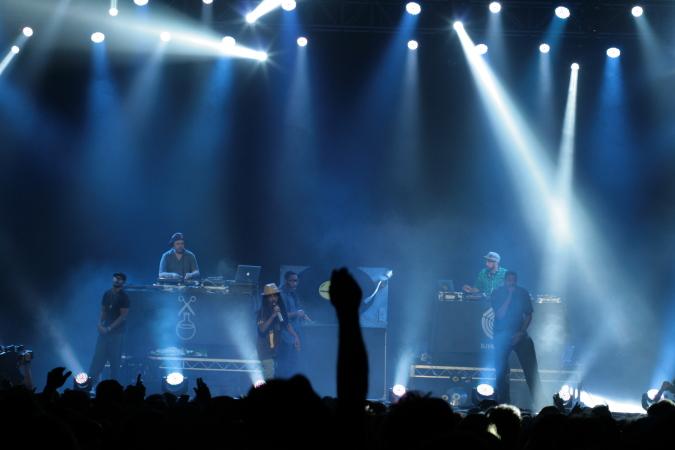 Jurassic 5 live concert - Byron Bay Bluesfest 2015