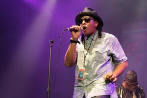 Tra' Zae - Parliament Funkadelic concert - Byron Bay Bluesfest 2015